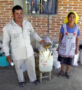 Husband & Wife palenqueros, San Pablo, Güilá, Oaxaca